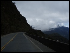 Bolivia - The Death Road!!! 09-08-2011