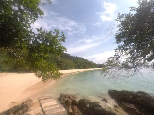 Exploring Pulau Kapas - Malaysia