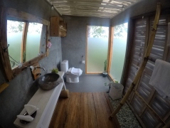 The bathroom in my cabin at the Manulalu Jungle Resort